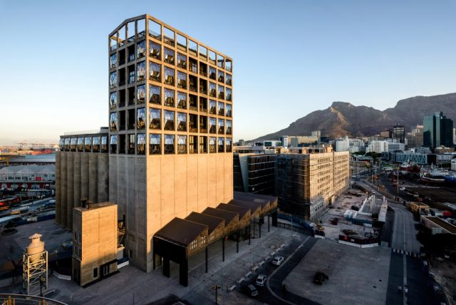 The-Grain-Silo-Complex-which-includes-Zeitz-MOCAA.-Credit-The-Royal-Portfolio-640x428